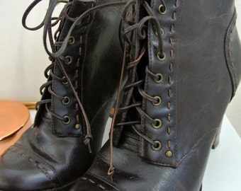 Vintage dark brown boho leather boots -Stacked heel, top stitched details: Size 40