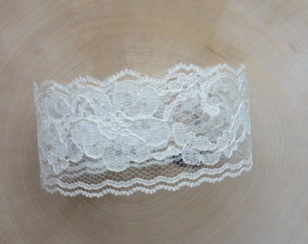 Ivory Lace Wedding Invitation Belly Bands