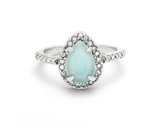 Bianca Teardrop Ring