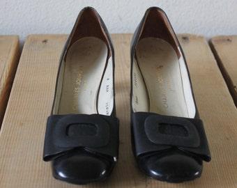Vintage 1960s Black Charles Jourdan Paris Low Heels