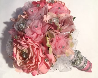 Cinderella Small Round Rose Bouquet