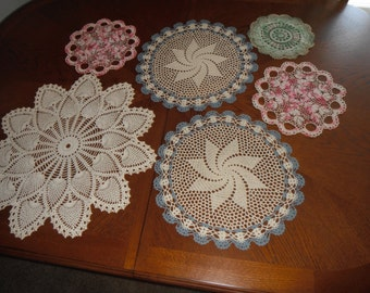 Beautiful hand made crochted doilles.