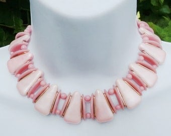 Pink Collar Necklace, West Germany, 1950s 50s Necklace, Molded Necklace, Pale Pink Necklace, Mod Mid Century