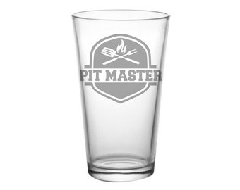 Pit Master Glass - Grill Master, BBQ King, BBQ Master, Bbq Smoker, Grill Gift, Gift for Dad, Grilling Gift, Meat Smoking