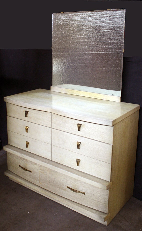 Vintage Bassett Art Deco Blonde Mahogany Wood Wooden Dresser