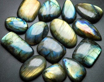 557 Carats,14 Pieces,Blue Flash Rainbow Flash Labradorite Smooth Large Cabuchon 21-36mm