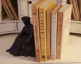 Vintage Bundle of 5 French Books