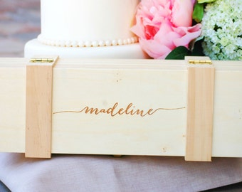 Mother of the Groom Gift, Wedding Thank You Gift, Personalized Wine Box, Rustic Wedding, Bridal Shower Gift, Bridemaid, Mother of Bride Gift