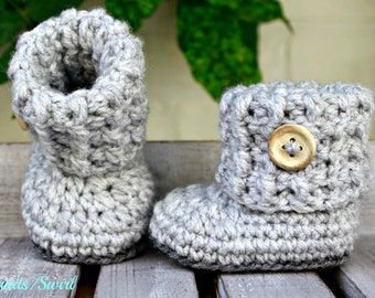 Baby booties shoes crochet light grey, baby shoes