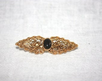 Lovely Vintage Gold with Black Stone Brooch