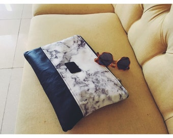 THE HOLLYWOOD - Marble and Leather Structured Leather Clutch