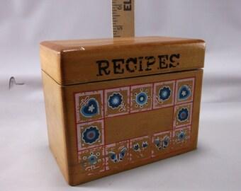 Vintage Retro Kitchen Wooden  Theamed  Recipe  Box.epsteam