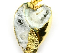 35% OFF 22k Gold Electroplated Rough Geode Fossil Druzy Pendant, 23x37mm Druzy Seashell Fossil Necklace Pendant (FP-50021)