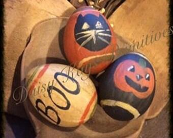 Primitive Halloween Egg Bowl Fillers