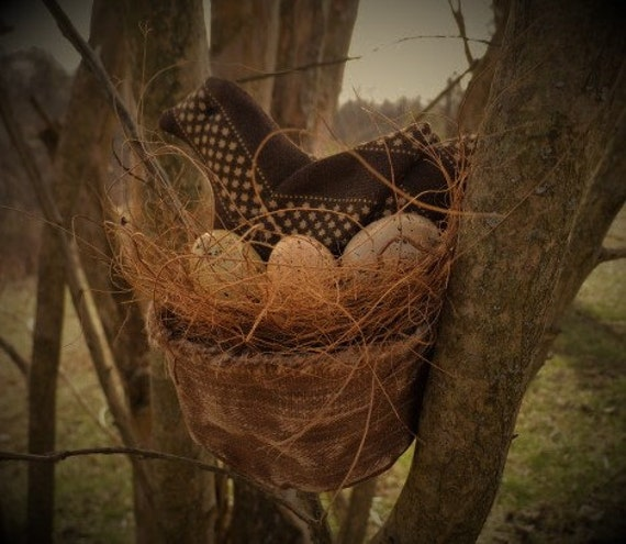 Primitive nest, Primitive Bird, Bird in nest, Primitive Spring, Easter Bird, Easter Nest, Spring Eggs, Easter Eggs, OFG, FAAP