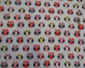 Flannel crib sheet: Owls