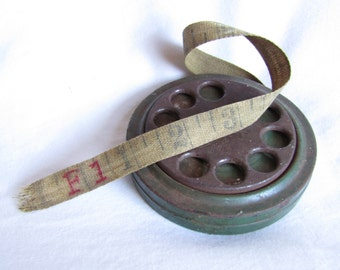 Green Painted Metal Round Dial Cloth Measuring Tape