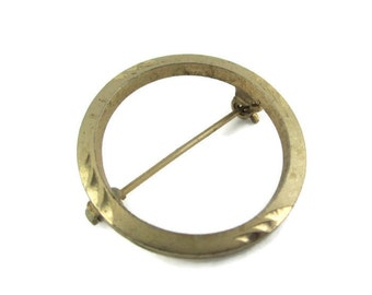 Mid Century Diamond Cut  Gold Tone Eternity Circle  Pin Brooch
