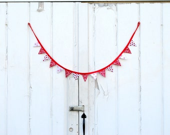 Mini Christmas Red Snowflake Winter Pennant Banner Fabric Bunting