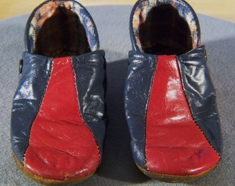 Vintage Child Toddler Leather Shoe Slippers         **RL
