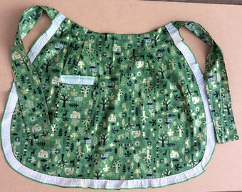Vintage apron with wintery print -green & metallic gold, ca 1960s