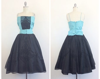 50s Turquoise and Black Chiffon Party Dress / 1950s Vintage Color Block Floral Embroidered Prom Dress With Bow Back / Large / Size 10