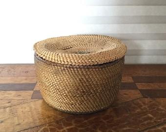 Antique Nuu Chah Nulth, Nootka Indian Pacific Northwest Coast lidded Basket