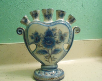 Finger Vase