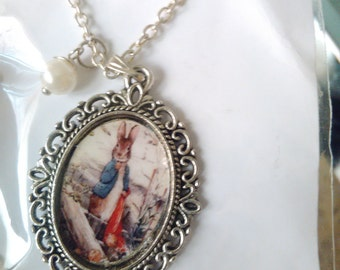 Rabbit picture pendant