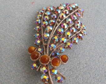 Stunning Vintage Brooch, Rows of Aurora Borealis Crystals