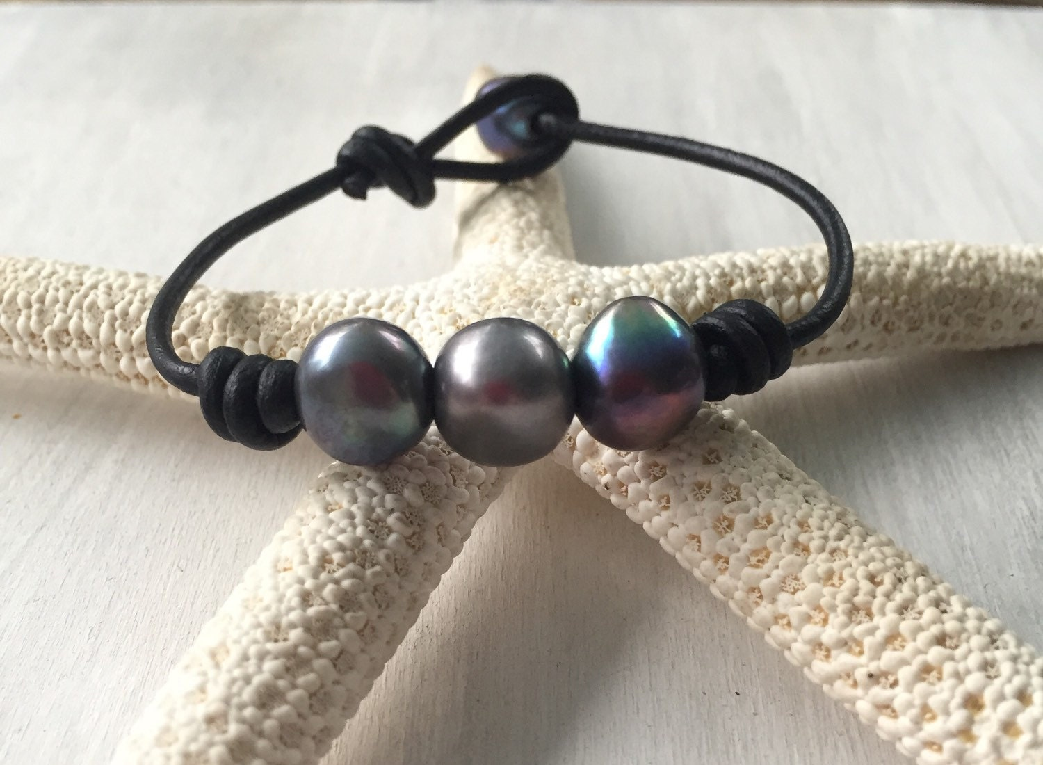 leather pearl bracelet freshwater pearl jewelry pearl. Black Bedroom Furniture Sets. Home Design Ideas