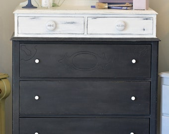 Antique COMMODE on legs black and white - Collection dawn - Chalk paint™ Annie Sloan