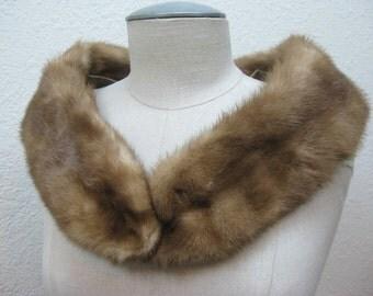 Vintage Natural Brown Mink Collar Wrap w/ Crochet Clips