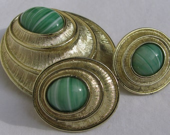 Classic SARAH COVENTRY Signed 1970's Demi Parure, Brooch/Pendant Combo & Matching Earrings, Mint Green Art Glass with Brushed Gold