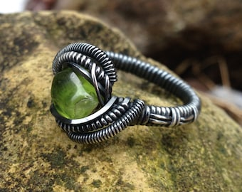 "Peridot Silver ""Antiqued"" Ring Size 9.5"