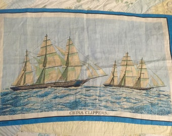 Vintage 1960s Irish Linen Large Clipper Ships Tea Towel, Vintage China Clippers, Mid Century Clipper Ships, Nautical Decor