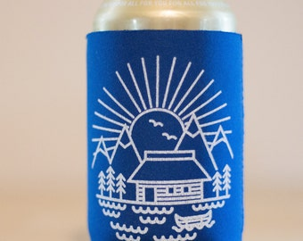 Cabin Scene Can Cooler