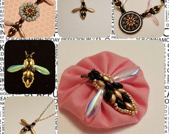 Tutorial Pattern For Beaded Bumble Bee With Superduos charm pendant necklace pin