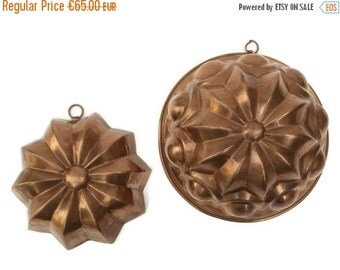ON SALE French Copper Molds. Antique Copper Bakeware. Rustic Kitchen Wall Decor. Copper Cake Pans. Vintage Jello Molds.