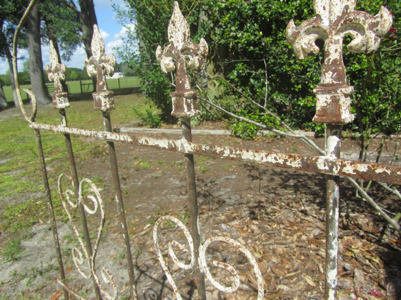 Wrought iron art yard art rustic decor garden trellis iron - Wrought iron garden sculptures ...