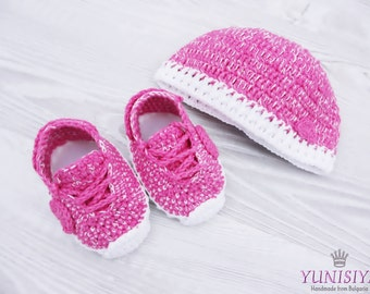 Hot pink baby shoes, crochet baby sneakers, The Yeezy Boost 350, Baby Street Shoes, Yeezy 750 Boost,
