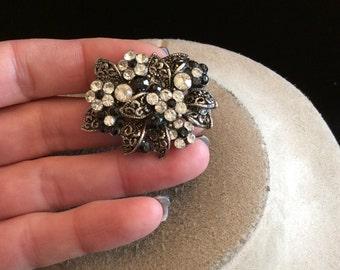 Vintage 3D Clear & Black Rhinestone Floral Pin