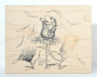 HOUSE MOUSE Rubber Stamp - Stampa Rosa Throwing Daisy Petals Rubber Stamp - House Mouse Monica Wood Mounted Rubber Stamp