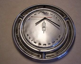 Oldsmobile Hubcap Clock - Vintage Hub Cap Clock - Man Cave - Shop Clock - Garage Gift - Hub Cap Clock - Wall Clock - Oldsmobile, Olds Clock