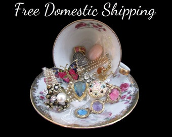 Jewelry Decor, Teacup Decor, Vanity Decor, Upcycled Jewellery Decor, Musical Teacup, Repurposed Teacup, Gift for Her Mom, Free US Shipping