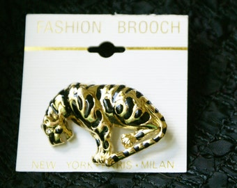 Leopard Design Brooch / Fashion Brooch