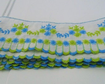 Vintage Trim White Blue Green Trim Embroidered Trim