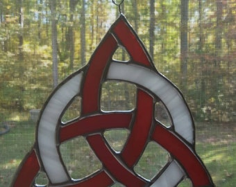 Celtic Trinity Knot in Red and White Glass