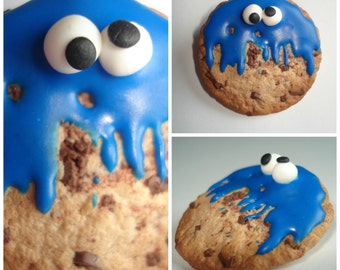 PIN Cookie Monster and her cookie