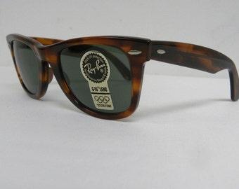 New Vintage B&L Ray Ban Wayfarer Mock Tortoise L2052 50mm Sunglasses USA